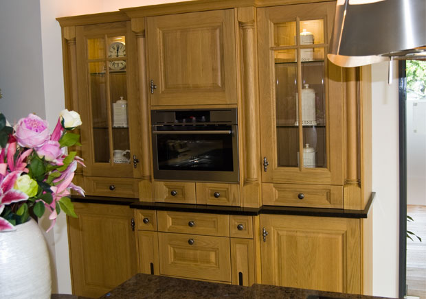 Cornell Oak Kitchen Feature