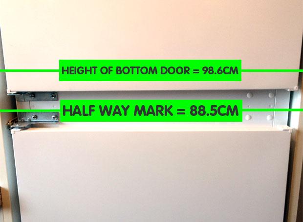 Door levels for fridge freezer
