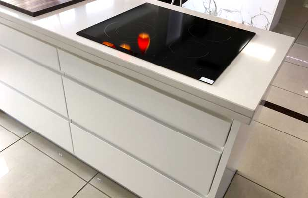 Do you have any tips for placing a hob in a corner?