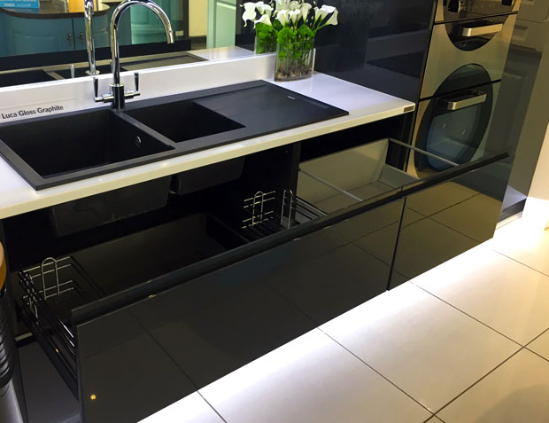 Sink base unit 3