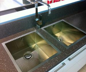 Clean Granite Sink Kitchen