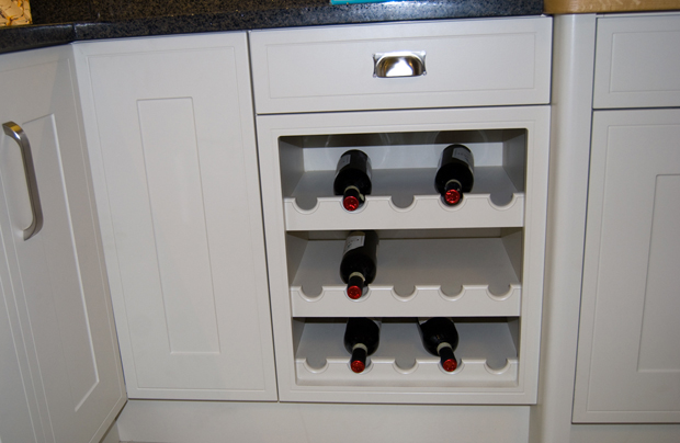 Traditional bottle rack 2