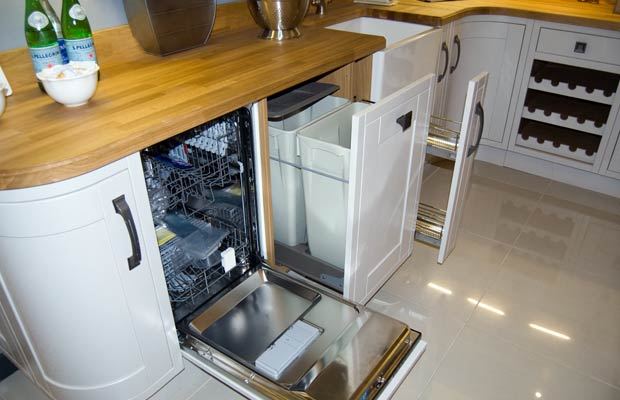 Inframe kitchen appliance doors open