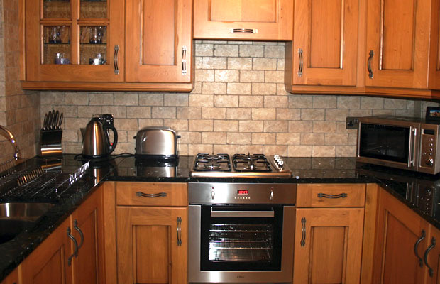 Light Tiles In Kitchen