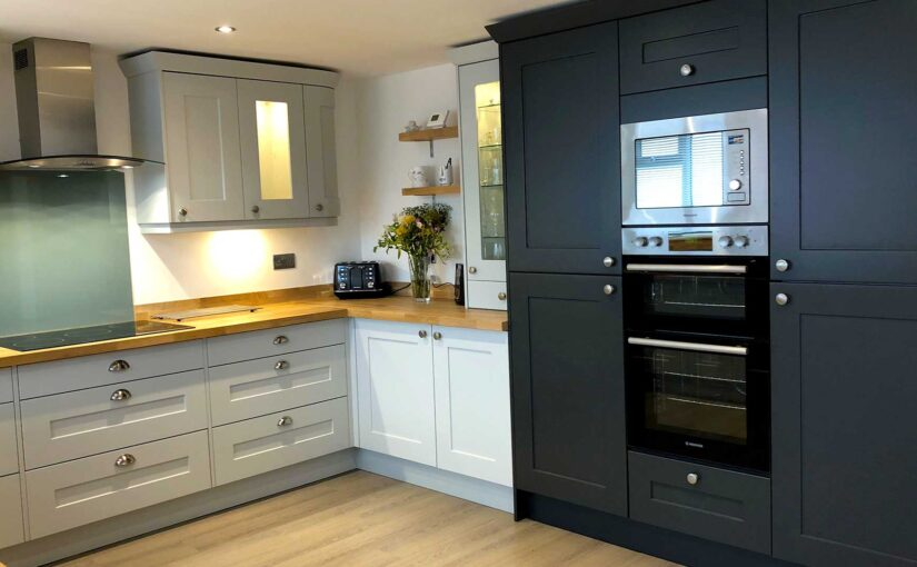 Which appliances fit in tall kitchen units?