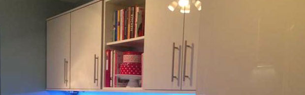 Open wall unit kitchen shot