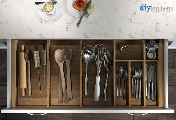 Cutlery insert render 1000mm wide top view