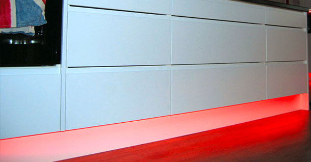How To Use Led Strip Lighting Under Integrated Appliances - Diy Kitchens