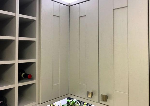 600 x 600 l shaped corner wall unit