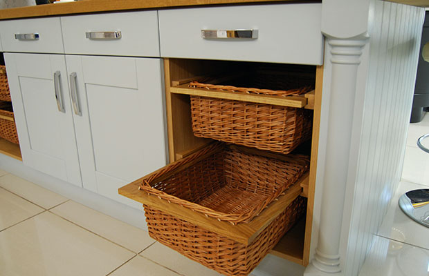 What is a wicker basket unit?
