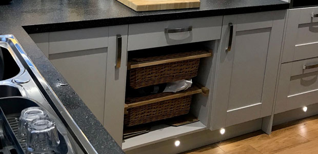 Wicker basket real customer kitchen example 2102