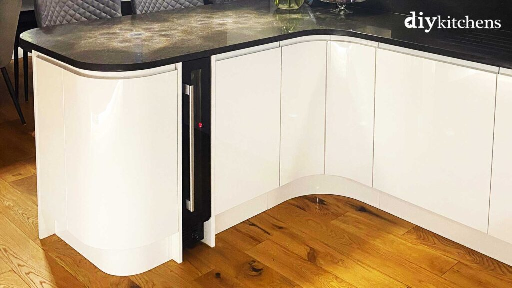150mm wine cooler with end panels in Luca