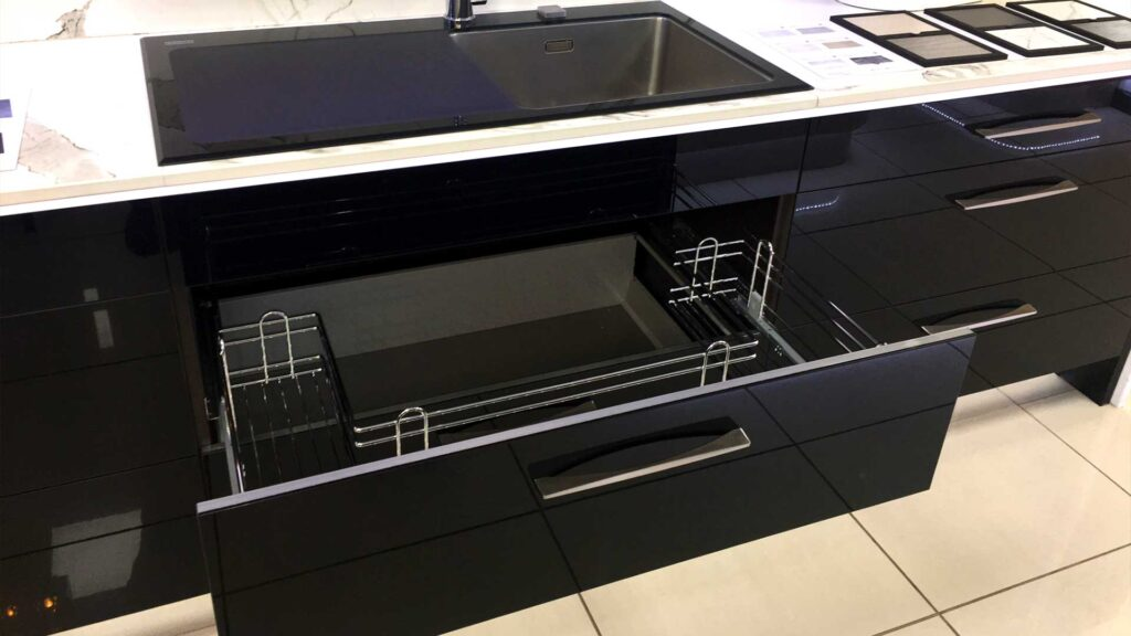 Pull out sink base unit